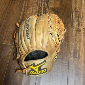 Mizuno Baseball Glove for Sale in San Bernardino, CA