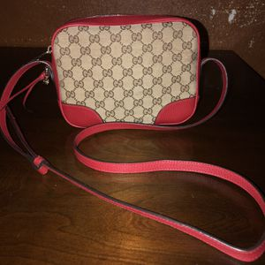 Gucci Crossbody Bag for Sale in Baytown, TX