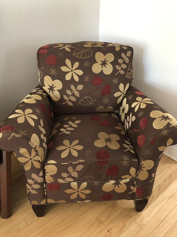 Marvelous Set Of 2 Accent Chairs For Sale In Elk Grove Village Il Offerup Squirreltailoven Fun Painted Chair Ideas Images Squirreltailovenorg