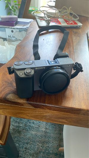 Sony a600 e mount (body only) for Sale in Whitehall, OH
