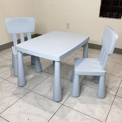 """New $50 Children Kids Plastic Table and 2 Chair Set, Table 30x21x19"""", Chair 12x12x26"""" (Light Blue) for Sale in South El Monte,  CA"""