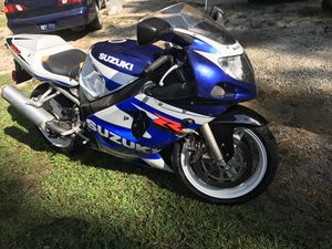 Gsxr 600 02 clean title 2500$ for Sale in Apex, NC