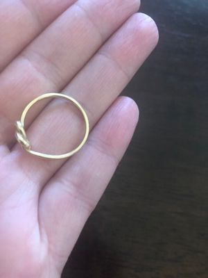 James Avery 14K Yellow Gold heart ring. Size 7 Comes with James Avery box for Sale in Midlothian, TX