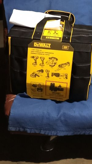 Brand New !!!!7-Tool 20-volt Max Power Tool DeWalt for Sale in Los Angeles, CA