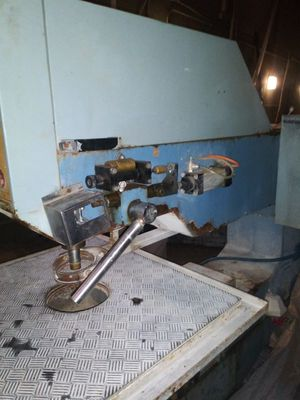 DRILLING AUTOMATIC GLASS MACHINE for Sale in Hazard, CA