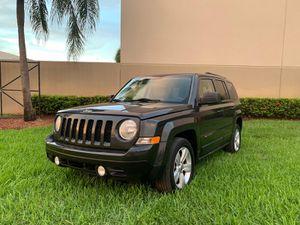 2011 jeep patriot for Sale in Miami, FL