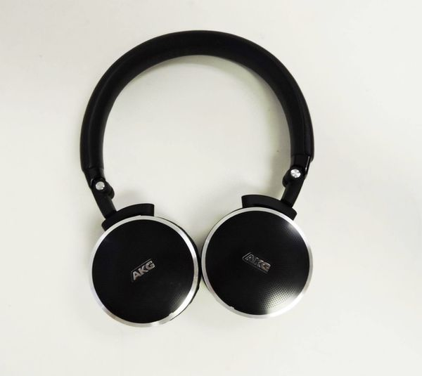 ( 2 for 1 ) AKG N60NC Wireless Noise Canceling Head Phones (2 for 1)