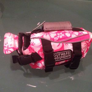 XS life jacket for little pet for Sale in Dallas, TX