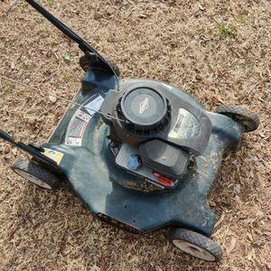 Briggs & Stratton Mower for Sale in Choctaw, OK