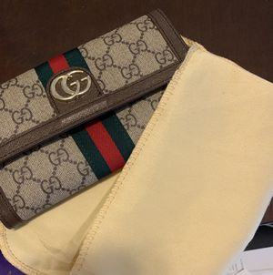 Brand new never use Gucci wallet OBO for Sale in Cherry Hill, NJ