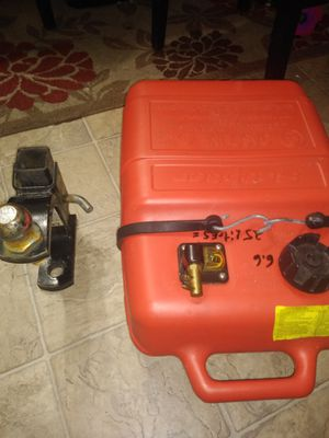 Gas tank and hitch for Sale in Hyattsville, MD