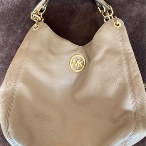 Michael Kors Purse for Sale in Fontana, CA
