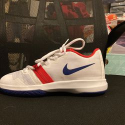 Nike Shoes Slize 2/5 for Sale in Fresno,  CA