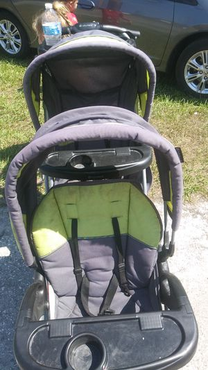 Sit n' stand double stroller for Sale in Spring Hill, FL