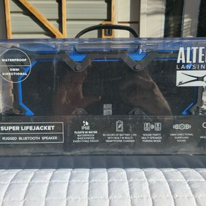$120 ALTEC LANSING SUPER LIFEJACKET BLUETOOTH SPEAKER for Sale in Las Vegas, NV