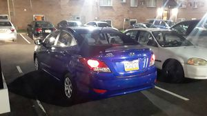 Hyundai accent 2013 for Sale in Philadelphia, PA