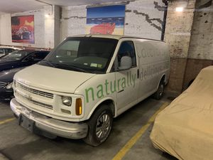 2001 Chevy express 1500 for Sale in Brooklyn, NY