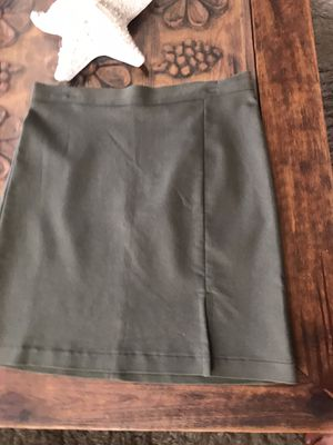 New w tag BCBG pencil skirt dx 6 for Sale in Seal Beach, CA