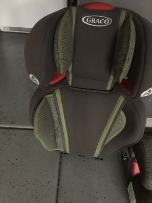 Booster / car seat in good condition for Sale in Fontana, CA