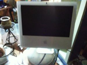 IMac touchscreen computer. Parts or. Fix for Sale in Apopka, FL