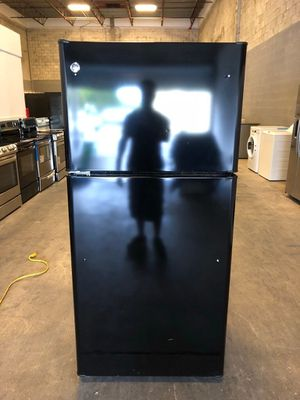 GE Refrigerator for Sale in Miami, FL