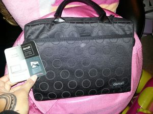 Denali DVD or Small Laptop case for Sale in Tacoma, WA