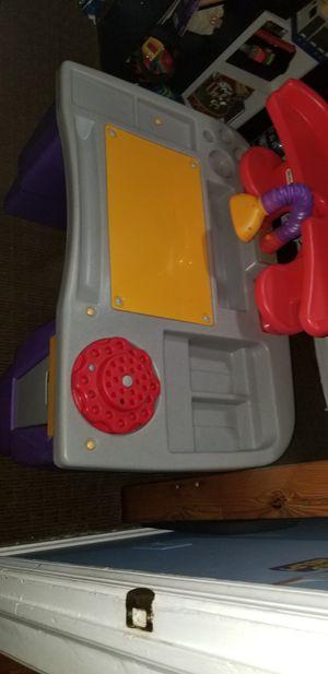 Kids desk little tikes for Sale in Alexandria, VA