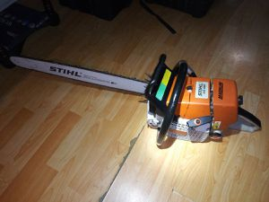 Stihl 460 Chainsaw for Sale in Waunakee, WI