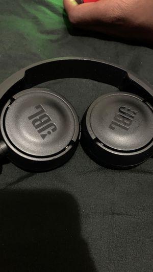 JBL wireless headphones for Sale in Pawtucket, RI