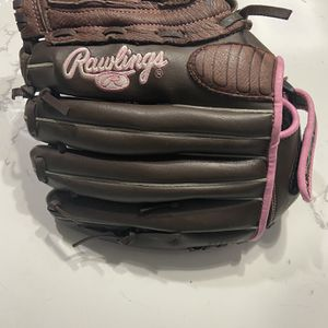 "12"" Rawlings WFP120 Women's Girls Fastpitch Softball Glove RHT Brown Pink Trim for Sale in Bakersfield, CA"
