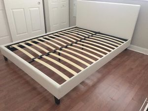 New queen bed frame mattress sold separately for Sale in Lake Worth, FL