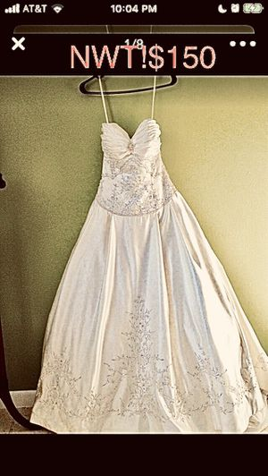 New! Merlili miracle Mile wedding dress/quince/bridal gown/New! With tags!never worn for Sale in Miami, FL