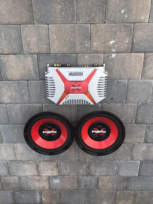 Speakers and an amp for Sale in Fort Myers, FL