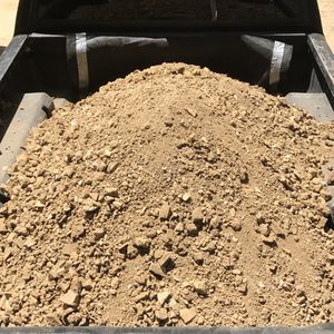 Free Dirt / Soil Studio City ... We Have Bobcat We Can Load Your Truck for Sale in Beverly Hills, CA