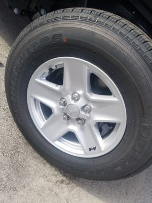 Jeep wheels and tires (new) for Sale in Hialeah, FL