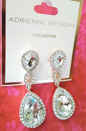 Shipping or PickUp: New Adrienne Vittadini rose-goldtone faux diamond acrylic and crystal drop earrings for Sale in Fullerton, CA