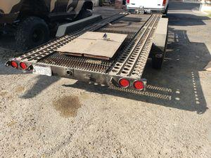 Car trailer 3 axle for Sale in Nuevo, CA