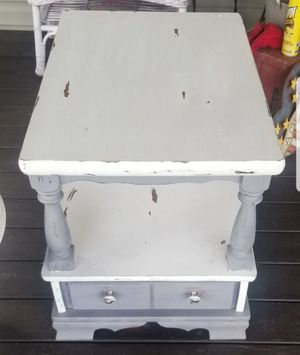 Country style end table and coffee table for Sale in Inman, SC