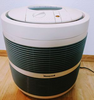 Air/pollution purifier for Sale in Portland, OR