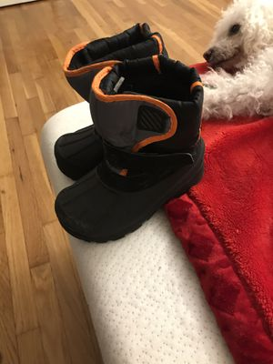 Kid snow boots for Sale in Torrington, CT