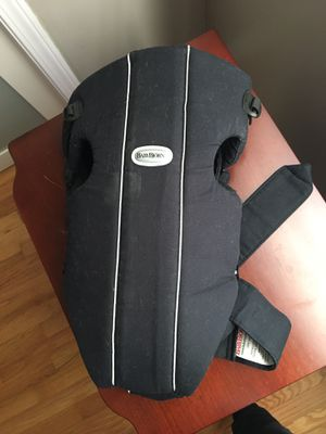 Baby carrier for Sale in Bay Village, OH