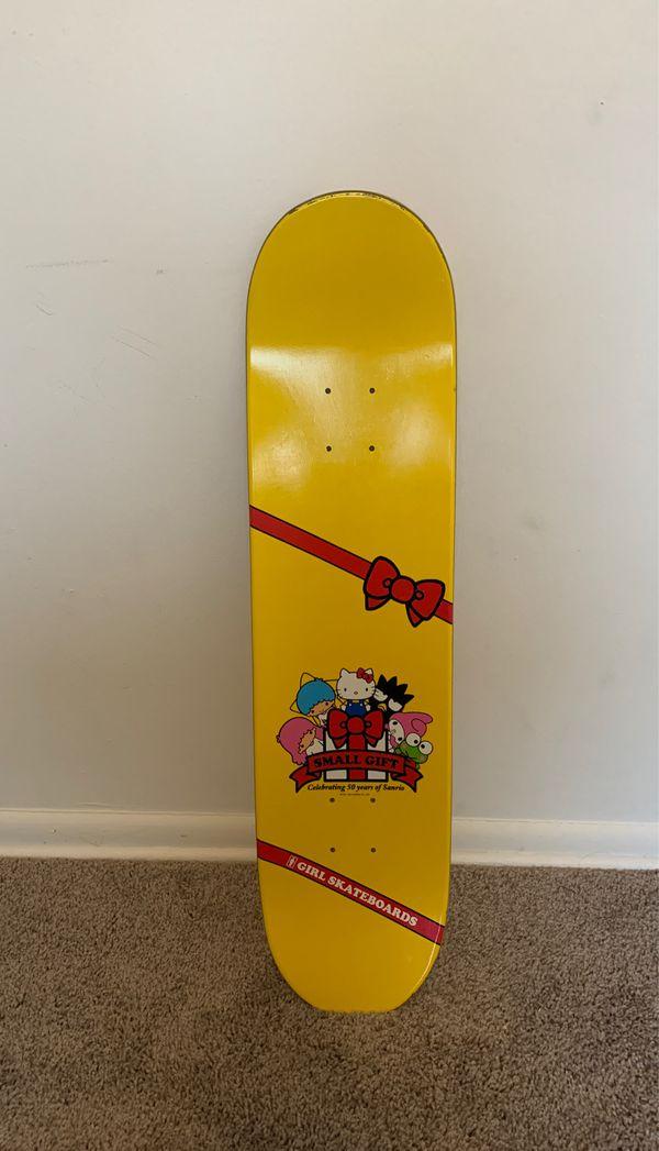 "Girl brand "" hello kitty"" skateboard ."