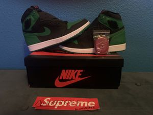 Jordan 1 PINE Green 2PAIRS 10.5&10 for Sale in Tracy, CA