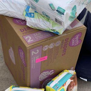 Diapers Size 2 for Sale in Phoenix, AZ