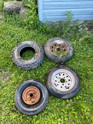 4 random little trailer tires for Sale in Lockport, IL