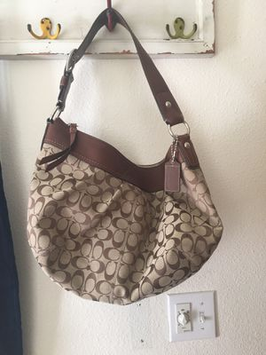 Authentic coach purse for Sale in Graham, WA