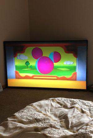 60 inch smart tv VIZIO for Sale in Grand Rapids, MI
