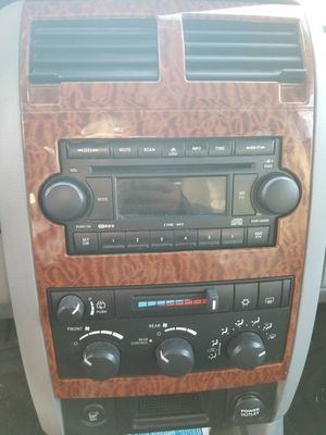 2007 dodge 6disk stereo for Sale in Stow, MA