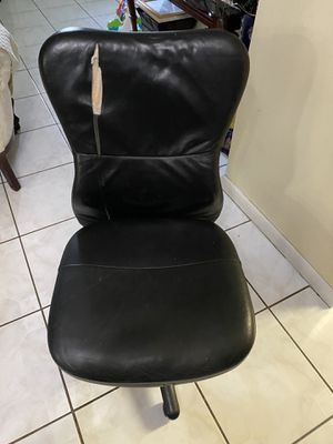 Office chair for Sale in Palmetto Bay, FL