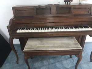 Everett Upright Piano for Sale in Adamstown, MD